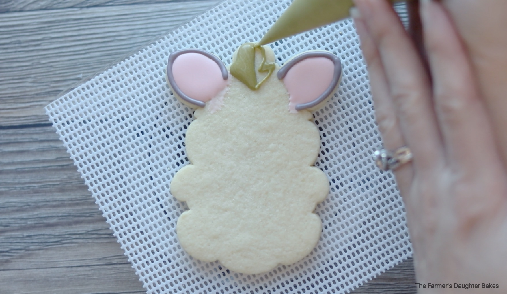 carrot, bunny, easter, carrot cookies, bunny cookies, easter cookies, cookie tutorial